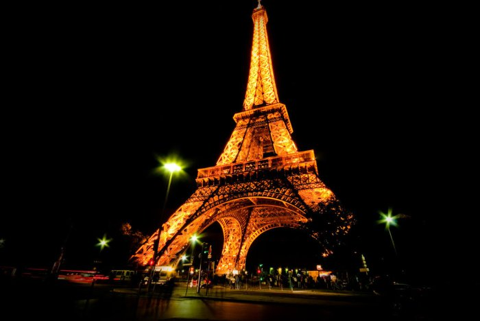 eiffel_tower_at_night_1_by_drhamster-d3jfbn8
