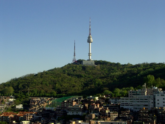 Namsan_and_Seoul_TV_tower
