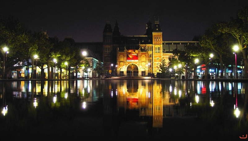 amsterdam_at_night_27_20100320_1992795483